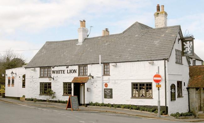 White Lion, Niton.