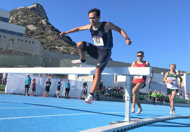 Team Isle of Wight athlete Dan Eckersley, of Cowes, retained his Gotland gold in the 3,000m steeplechase in Gibraltar yesterday (Monday).
