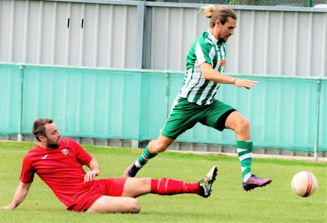 Scott Jones in action for Chichester City.