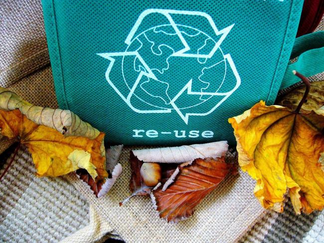 Islanders among country's best recyclers.