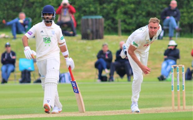 Isle of Wight County Press: England bowling legend Stuart Broad in County Championship action for Nottinghamshire against Hampshire at Newclose.