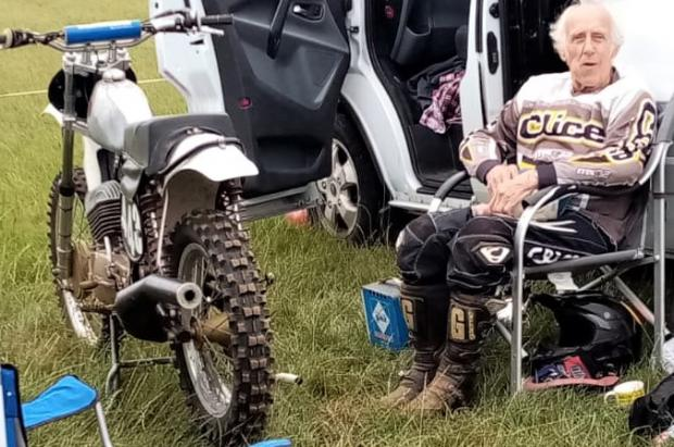 Isle of Wight County Press: Former motorcross world champion, Gordon Adsett, 82, relaxing between rides.