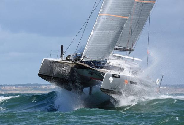 Isle of Wight County Press: Simon Baker's Dazcat 1495 Hissy Fit. Photo: James Tomlinson