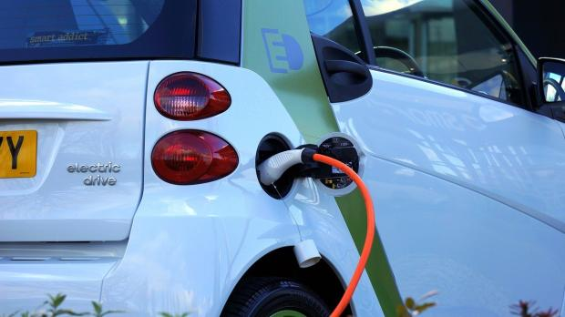 Isle of Wight County Press: There are now more than 30,000 electric car charge points across the UK in over 11,000 locations