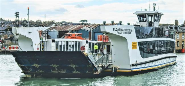 More frustration for passengers as Cowes Floating Bridge taken out of service due to another fault.