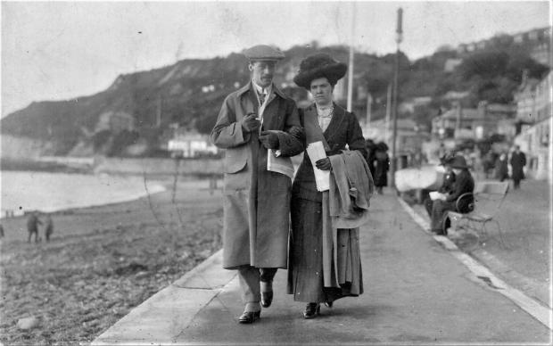 Isle of Wight County Press: Esplanade Parade, Ventnor