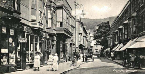 Isle of Wight County Press: Pier St, Ventnor
