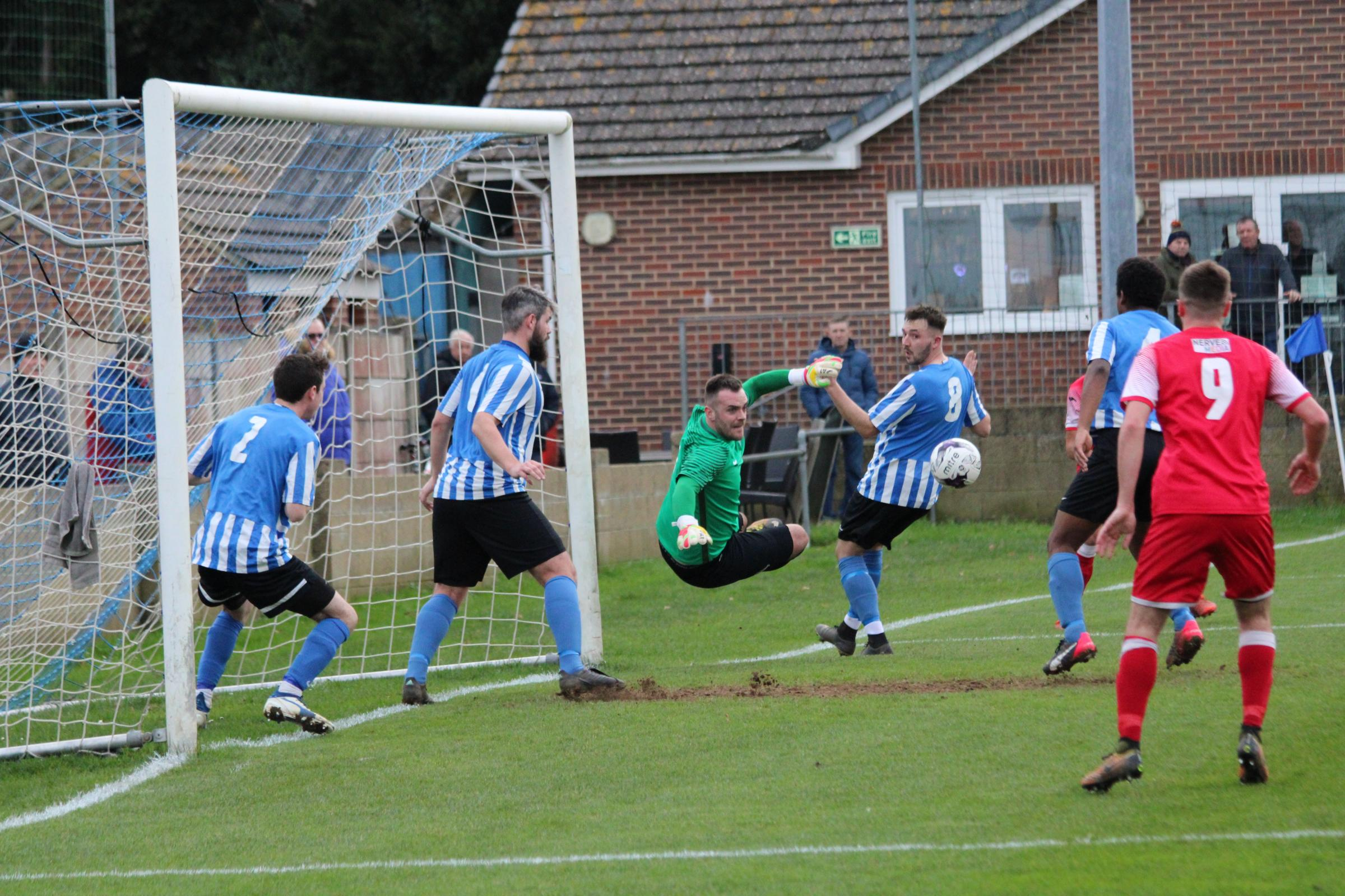 Cowes Sports in vital relegation six-pointer this afternoon