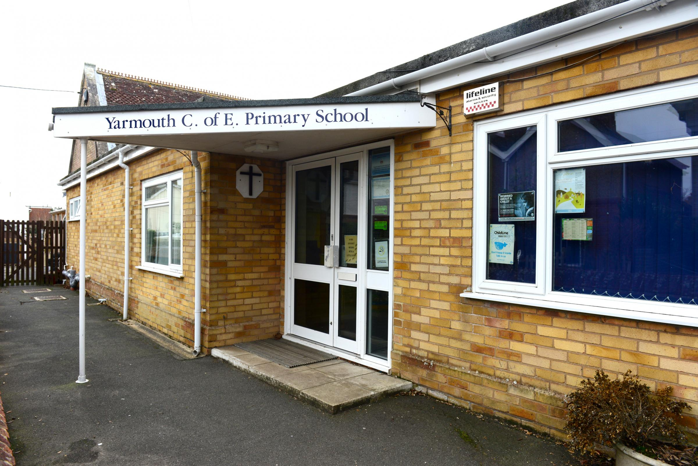 Yarmouth - Yarmouth C of E Primary School.