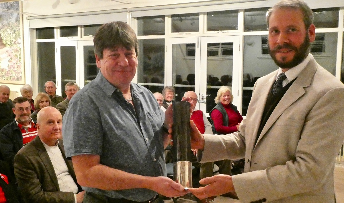 Stan Hayden receiving the Harold Hillier Award from Ventnor Botanic Garden curator Chris Kidd.