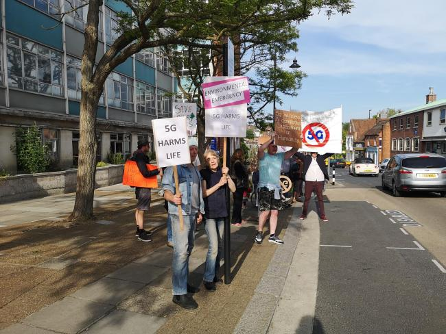5G protesters outside the Isle of Wight Council.